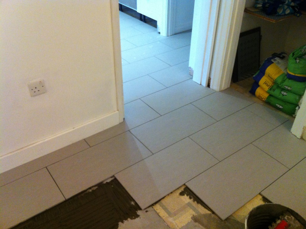 Porcelain Floor Tiling 7 of 18 - The Bedford Handyman